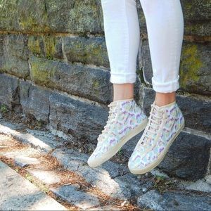 Camouflaged High Top Sneakers